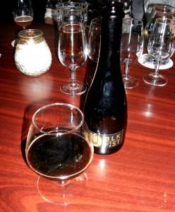Mikkeller Black Fist ekstremøl på 26,1% alkohol