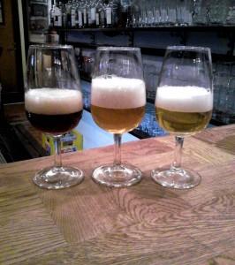 Tre blegiske øl, Ename Blonde, Straffe Hendrik Tripel, Lupulus Brune på Christian Firtal i Odense