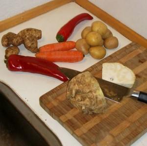 Jordskokker, snackpeber, gulerødder, kartofler og selleri.