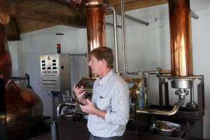 Charles Leclef explaining whisky production in the distillery
