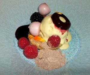 Colourful dessert, at Onder de Toren