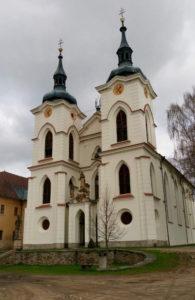 Kirken på Zeliv Kloster, brændt og genopført i gotisk barok først i 1700-tallet