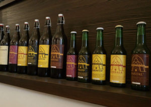 Bryggeriets udvalg på flaske. Gottsalk er Zeliv Klosterbryggeri belgisk inspirerede klosterøl på 5,6%
